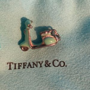 Jewelry - Tiffany and co 🛴 Scooter Vespa Blue Charm